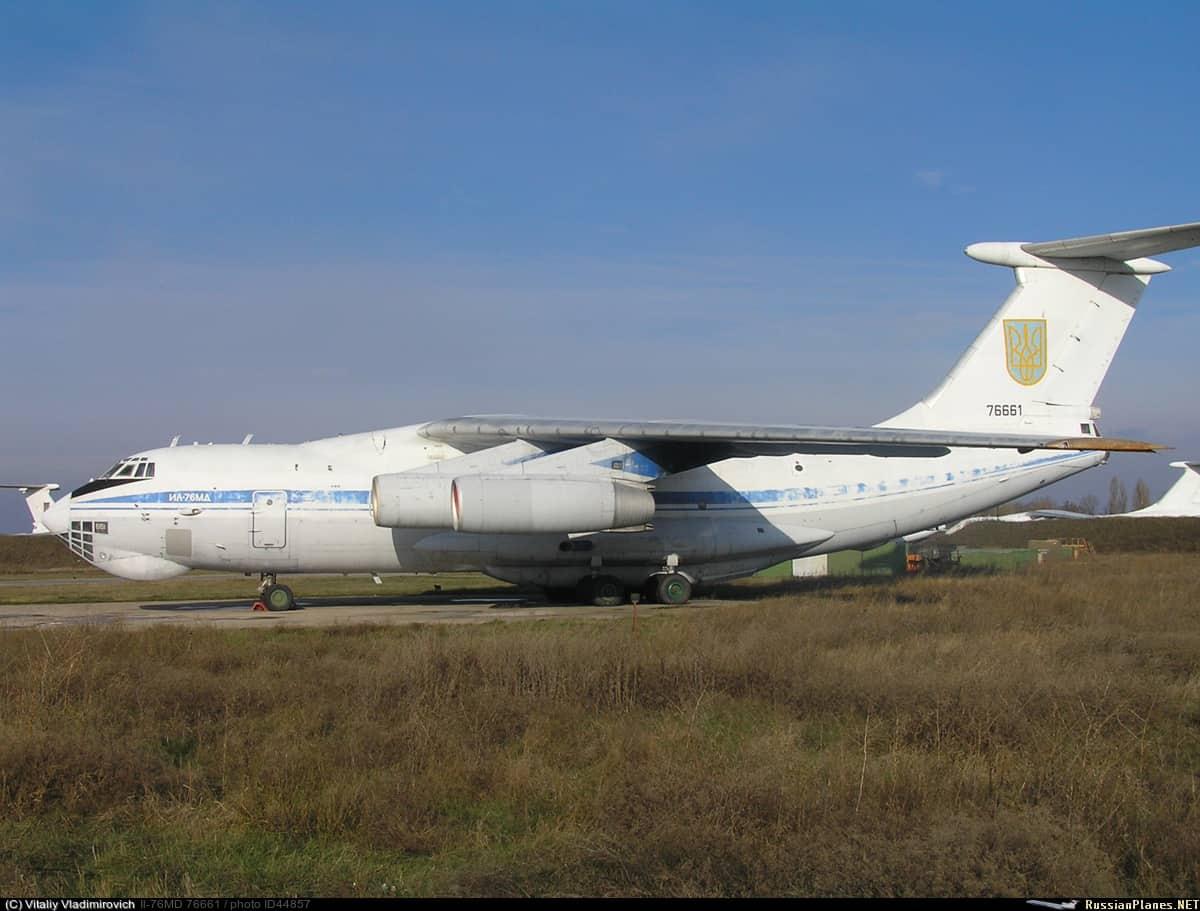 Іл-76МД на стоянці у Мелітополі