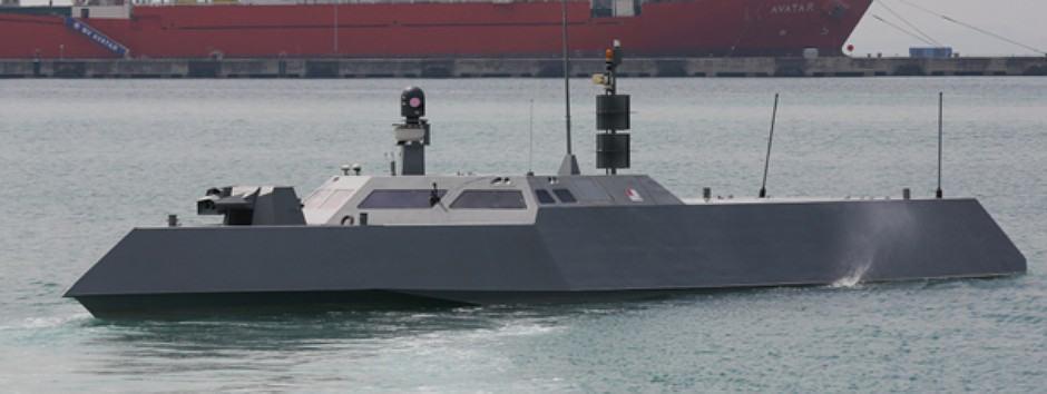 Катер SMC Type-II на виході з морської бази