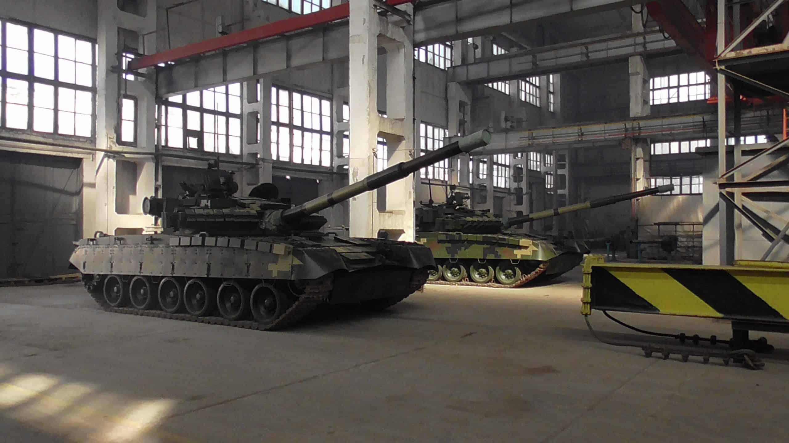 Модернізовані танки Т-80БВ