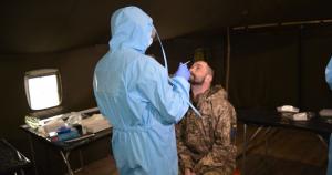 На Донбасі тестують військових на коронавірус