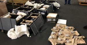 СБУ блокувала вивезення за кордон комплектуючих військової техніки
