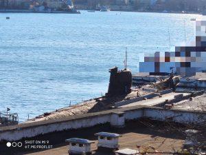 Окупанти перебазували підводний човен «Запоріжжя» у Севастополі