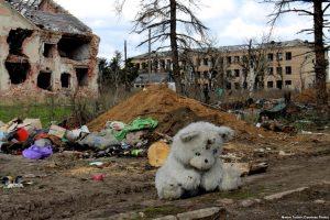 На Донбасі загострення: по Пісках б'є артилерія та є загиблий