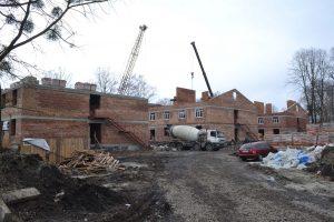 Будівництво п'яти казарм для контрактників у Хмельницькому призупинено