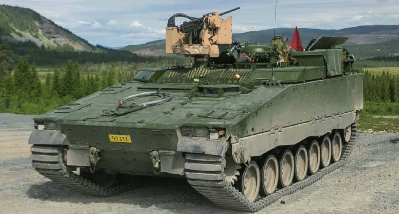 Самохідні міномети встановлені на CV90