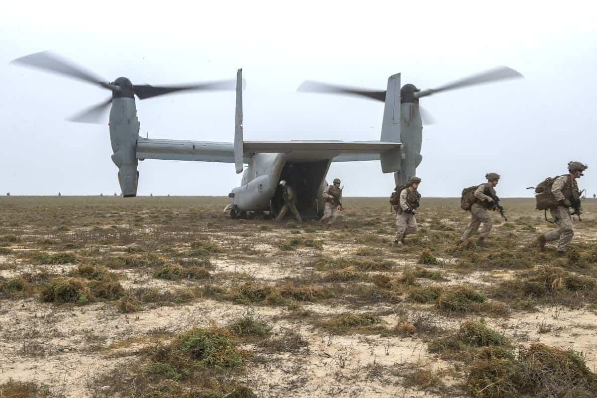 Американські морські піхотинці на острові Каран