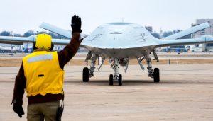 ВМФ США дозамовляє MQ-25 Stingray