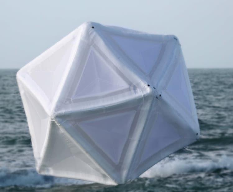 Постріл системи FDS3 у вільному плаванні.