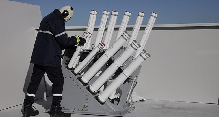 Пускова установка Lacroix SYLENA на палубі корабля.