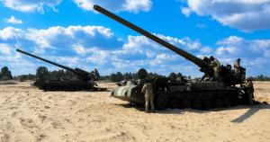 """Артилеристи тренуються з """"Піонами"""""""