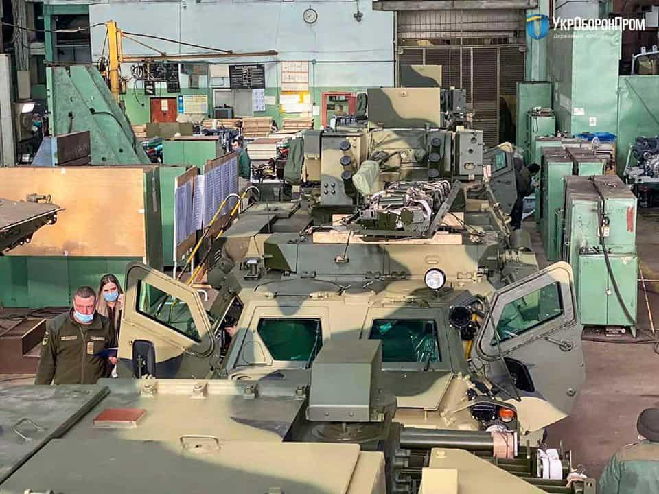 Передані у квітні 2020-го року бронетранспортери БТР-4Е