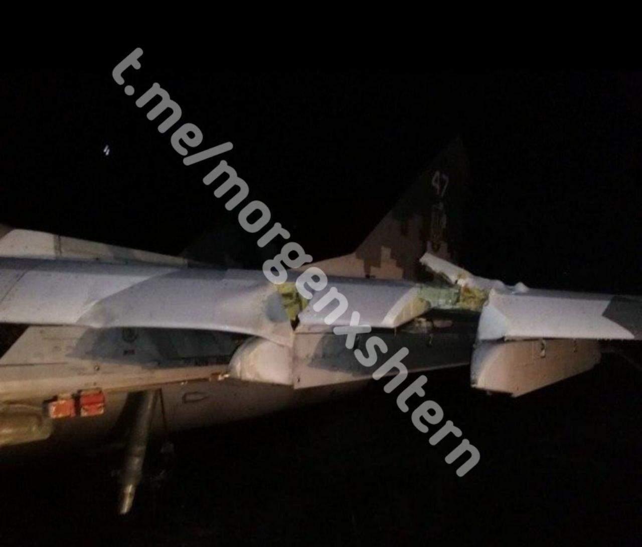 Винищувач МіГ-29 після аварійної посадки у Мелітополі 2
