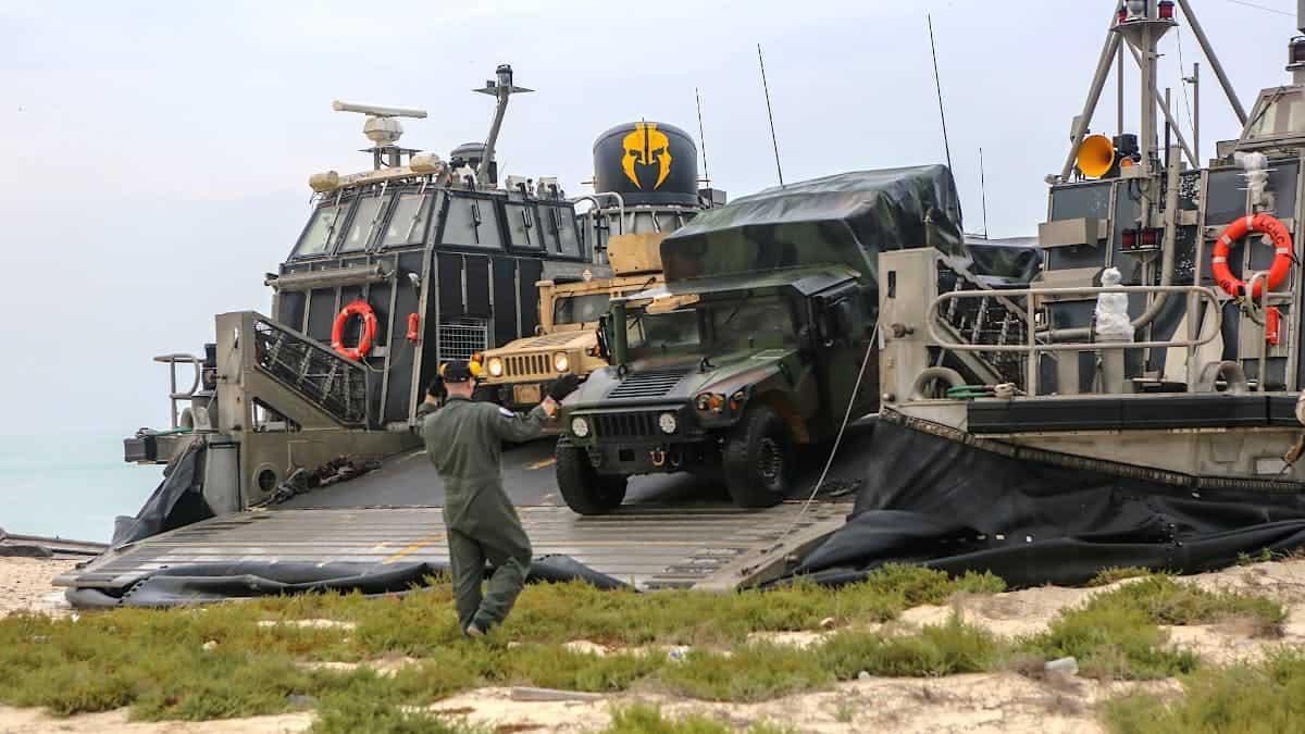 Висаджування десанту США на острів Каран