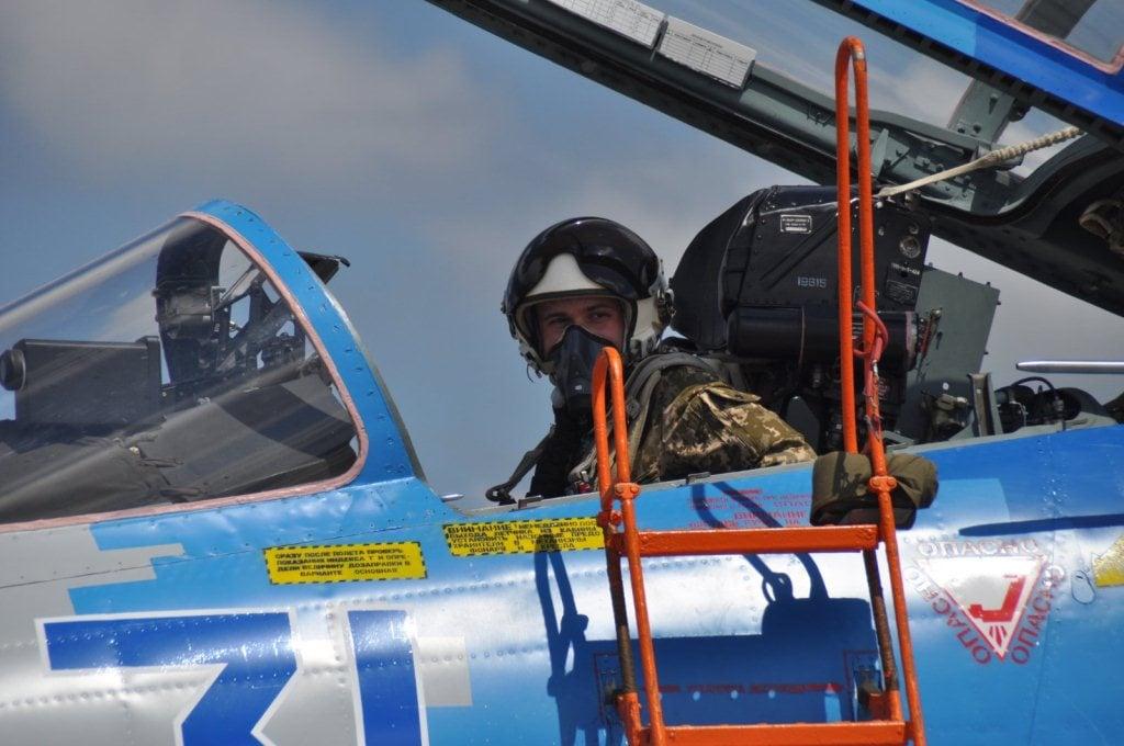 Курсант-льотчик на СУ-27. Фото: ХНУПС