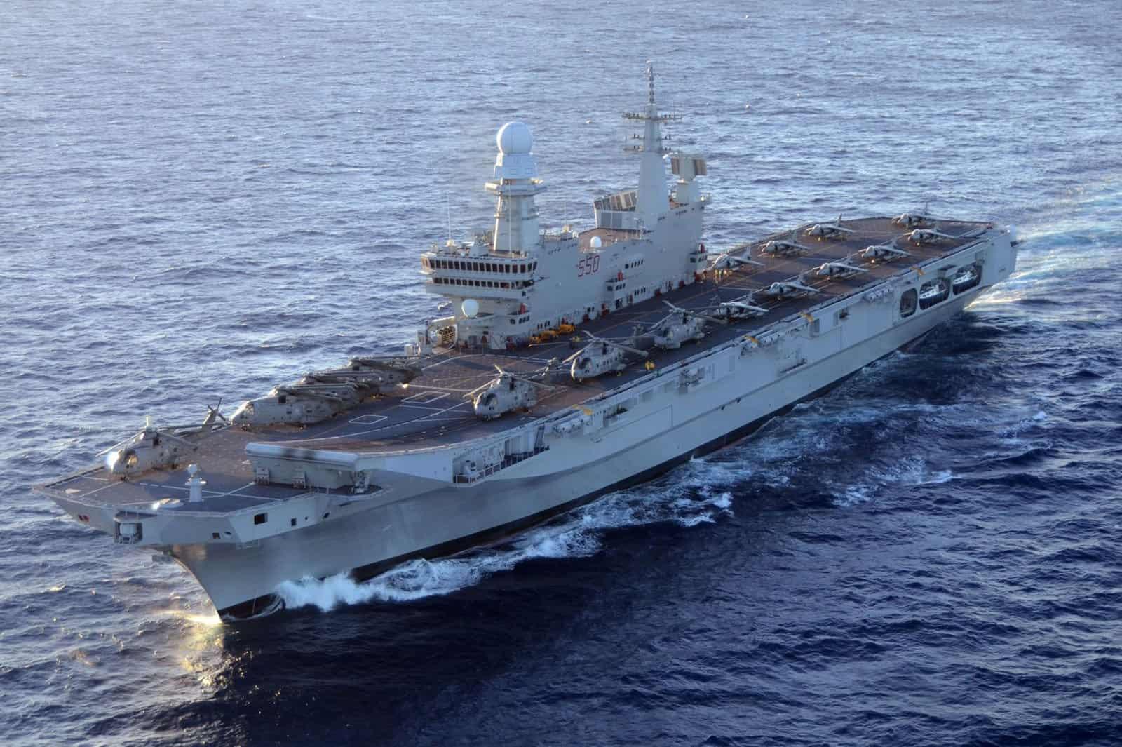 Авіаносець Cavour (C 550) ВМС Італії