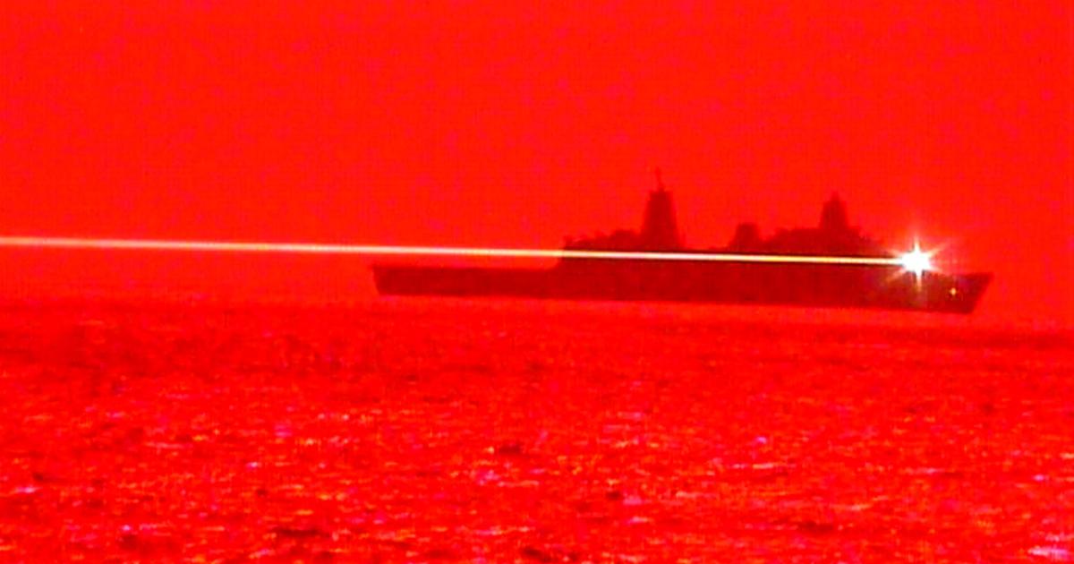 Випробування лазерної установки Laser Weapon System Demonstrator (LWSD) Mk 2 Mod 0. на кораблі ВМФ США