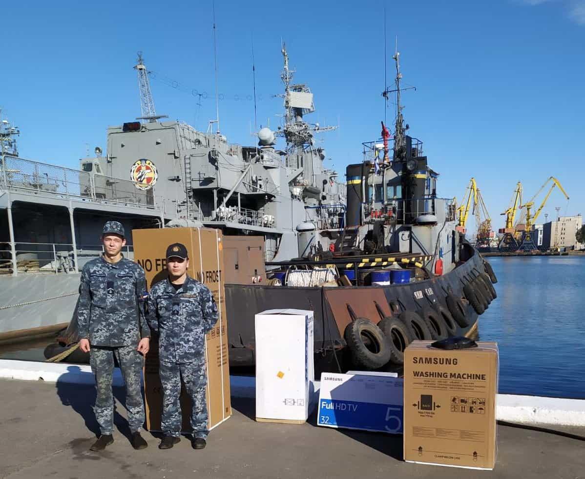 Передана шефська допомога для екіпажу рейдового буксиру «Яни Капу»
