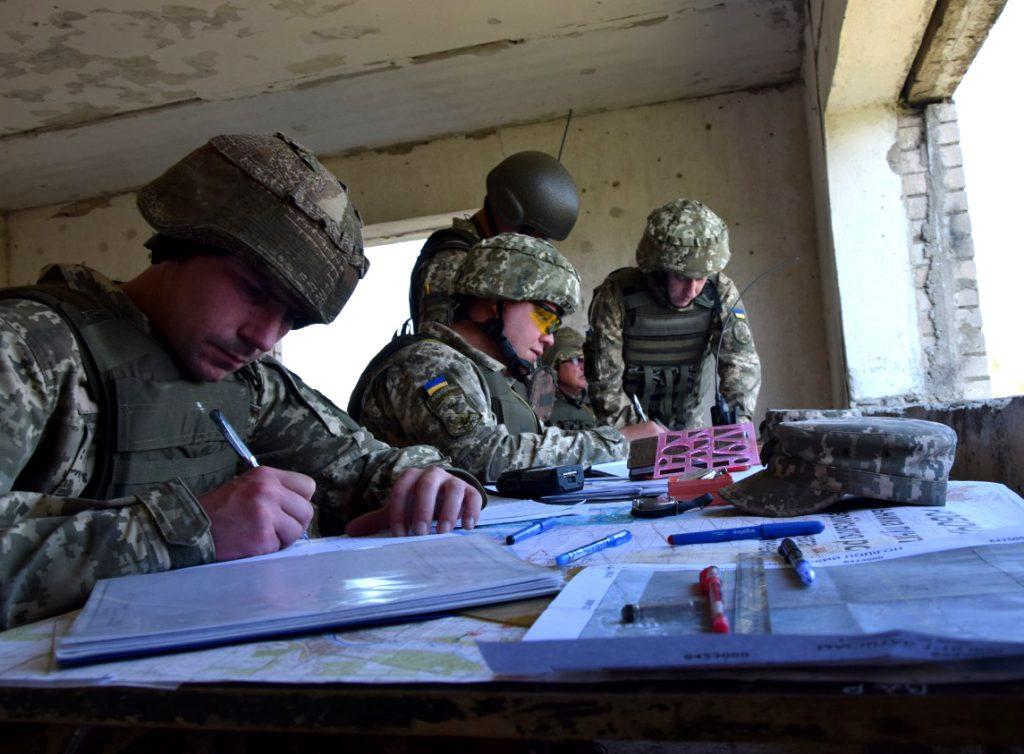 Військові ЗСУ. Фото: 406 ОАБр