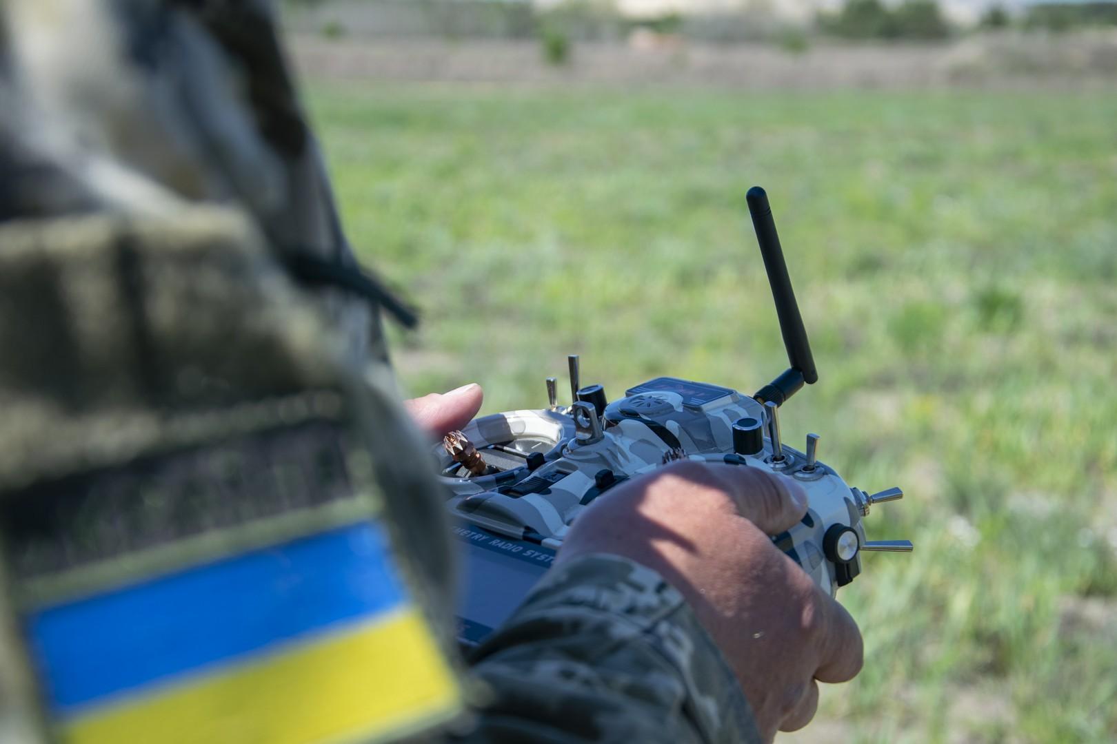 Навчання з БпАК «ЛЕЛЕКА-100». Фото: ДПСУ