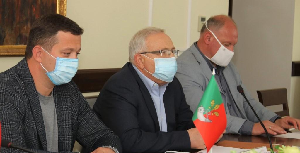 Юрій Вілкул (по центру). Фото: Міська рада Кривого Рогу
