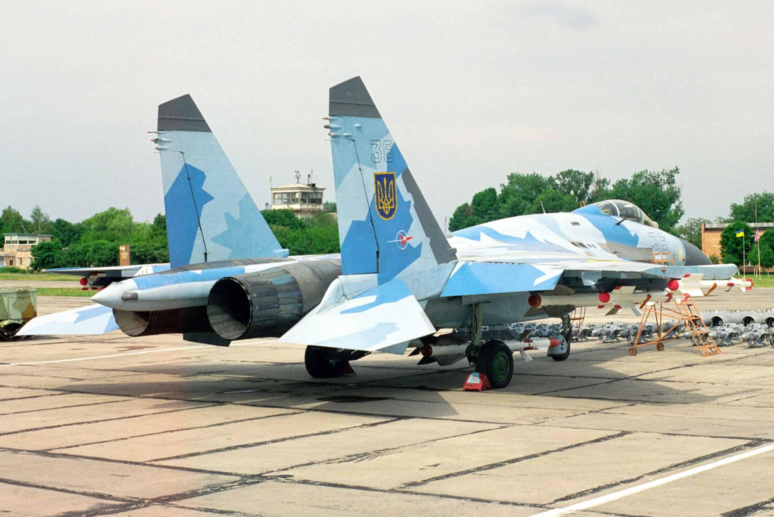 Су-27 з бортовим номером 36 зі складу 831 бригади тактичної авіації