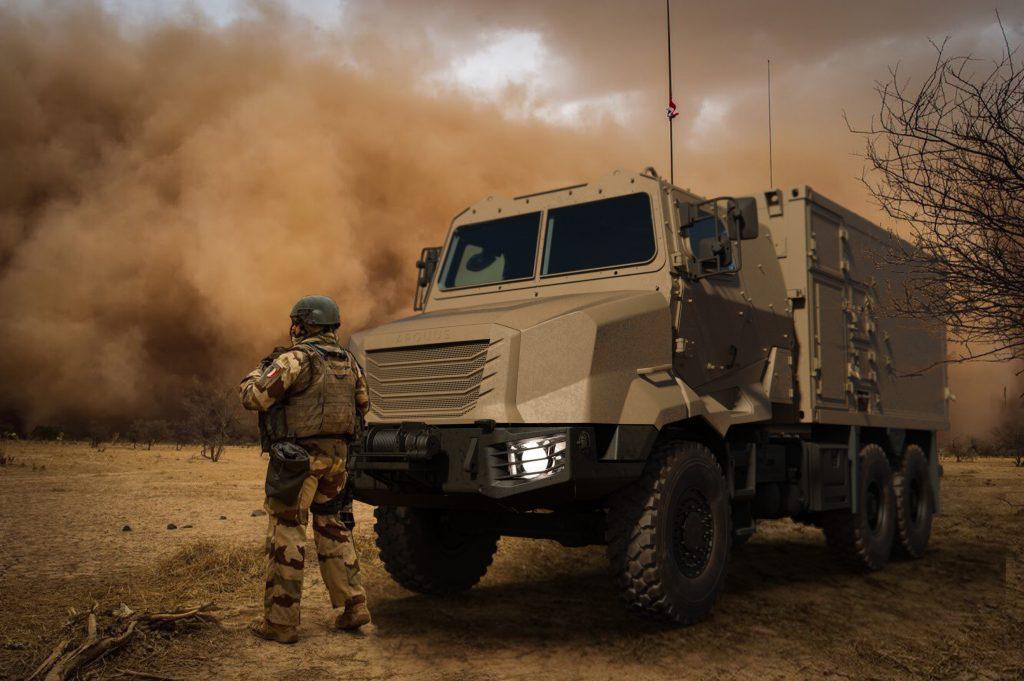 Зображення перспективних військових вантажних автомобілів Arquus ARMIS з колісною формулою 4x4