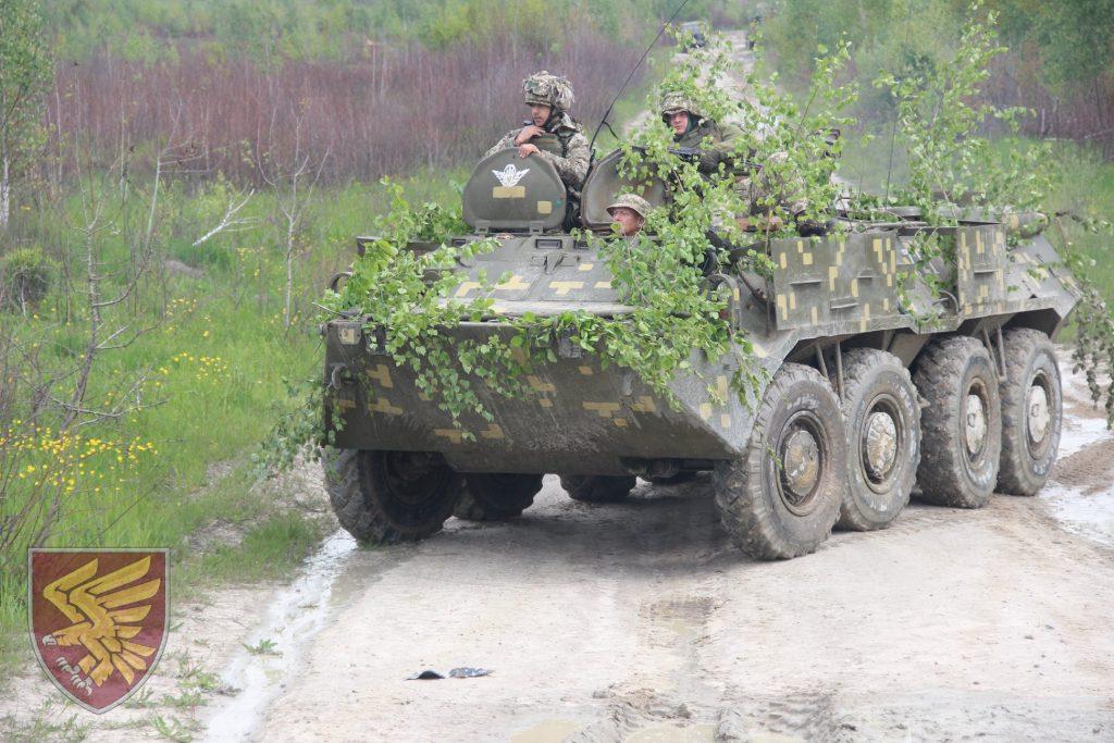 Десантники 95-ї бригади на бронетранспортері під час навчань. Фото: 95 ОДШБр
