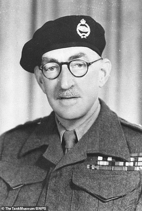 Генерал Персіваль Хобарт