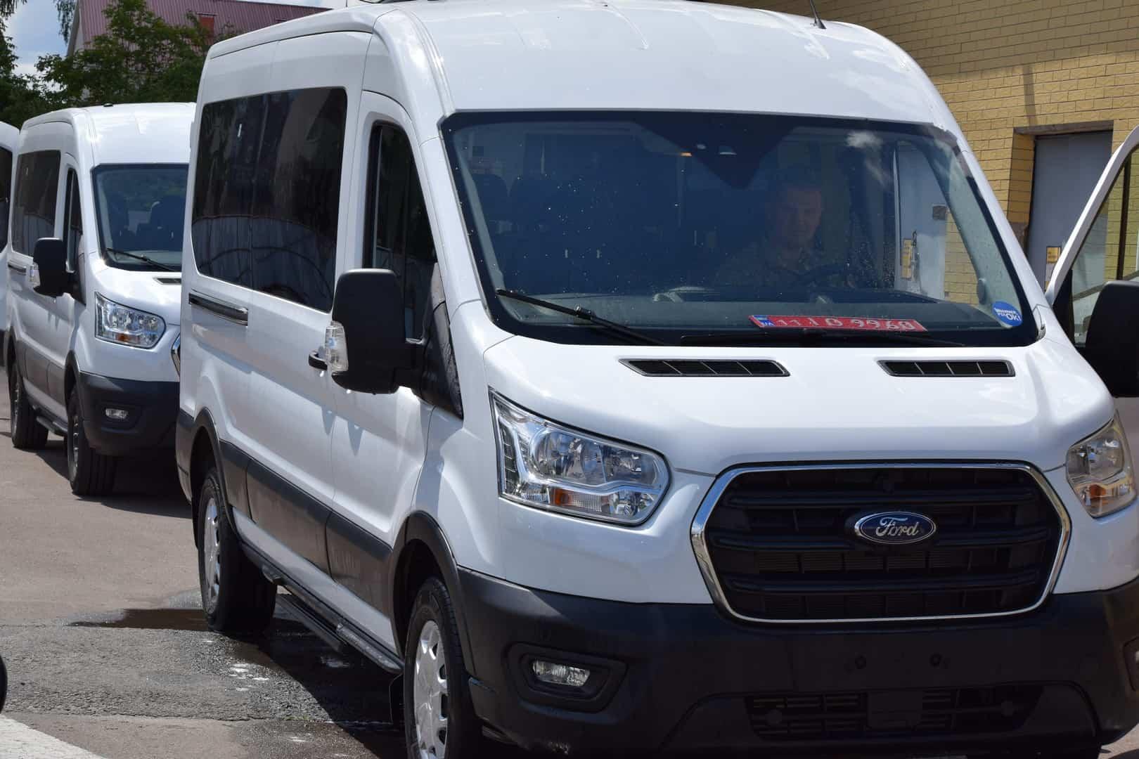 Передані від ООН автомобілі Ford Transit для ДПСУ