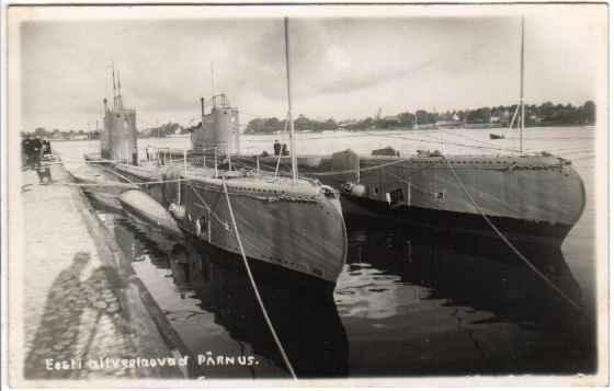 Підводні човни Kalev та Lembit у пірсу