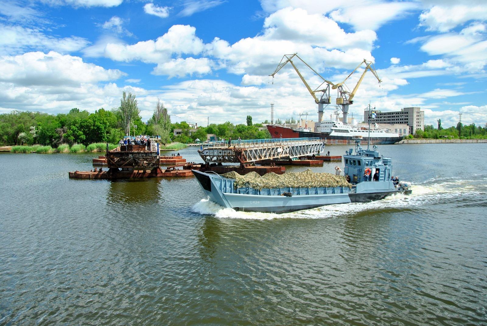 Десантний катер «Сватове» завершив ремонт на Миколаївському суднобудівному заводі