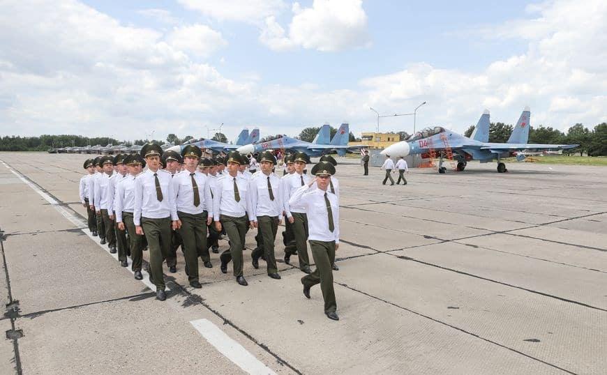 Винищувачі Су-30СМ ВПС Білорусі. Фото: Белта