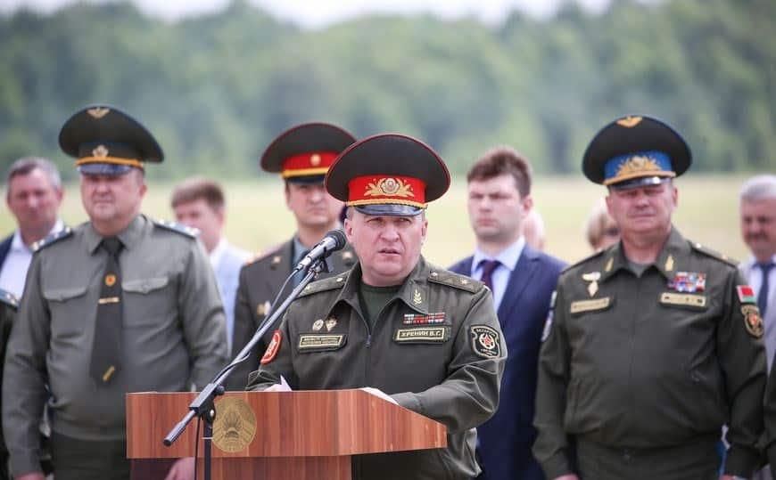 Міністр оборони Білорусі генерал-майор Віктор Хренін. Фото: Белта