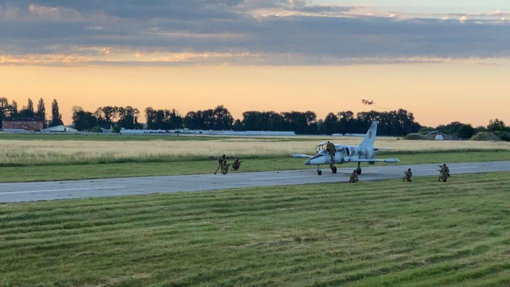 Навчання по обороні з літаком L-39. Фото: ПСУ ЗСУ