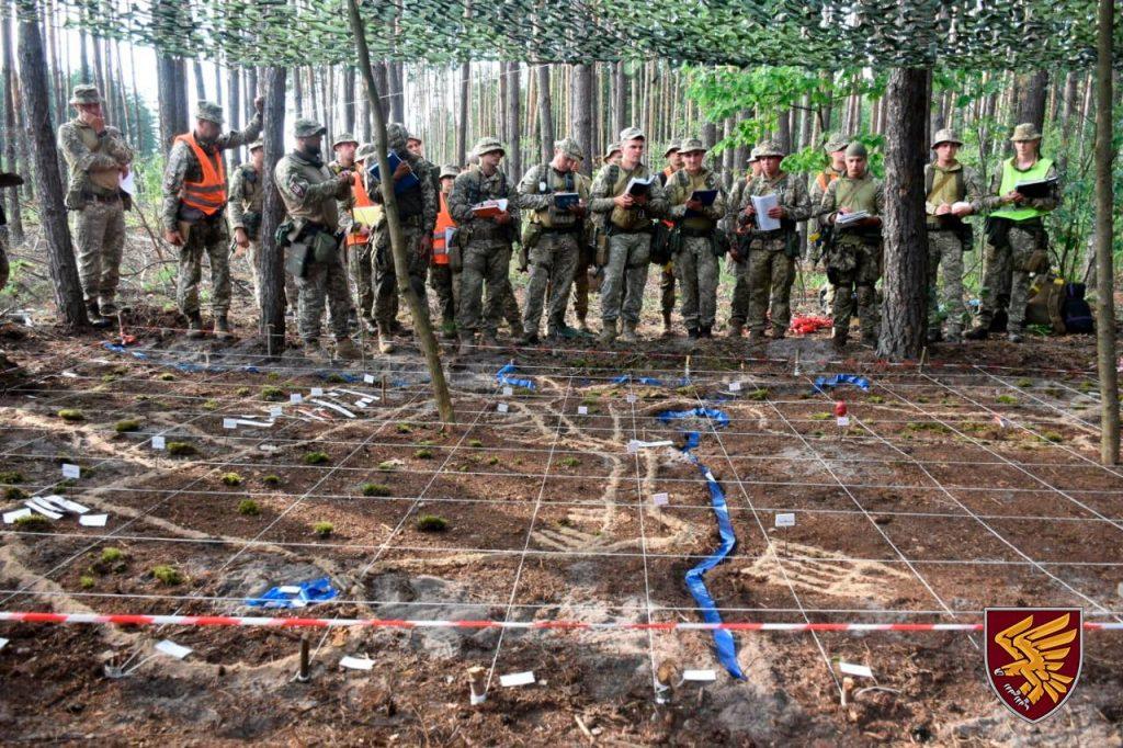 Організація взаємодії військових на макеті місцевості. Липень 2020. Фото: ДШВ