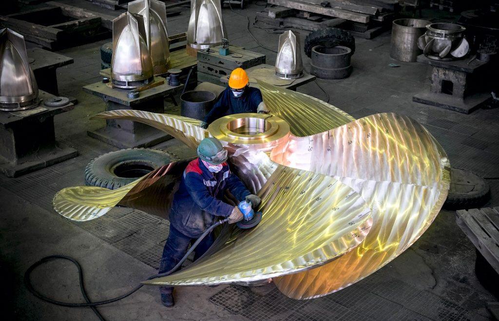Балтійський завод (ОСК) - виробник великих гребних гвинтів з бронзи і латуні діаметром до 8 метрів. Фото: ЗМІ РФ