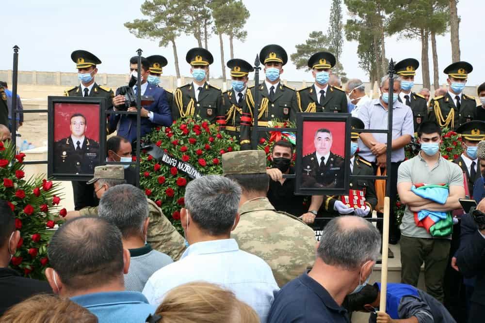 Поховання загиблих офіцерів Азербайджану. Фото: Міноборони Азербайджану