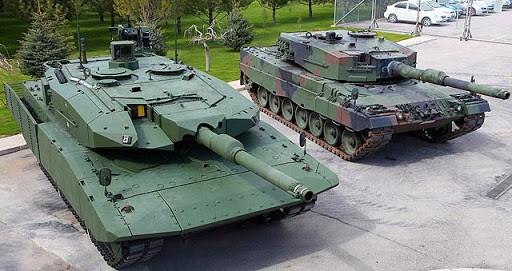 Leopard 2А4 (праворуч) та його модернізована версія Leopard 2NG (Next Generation)