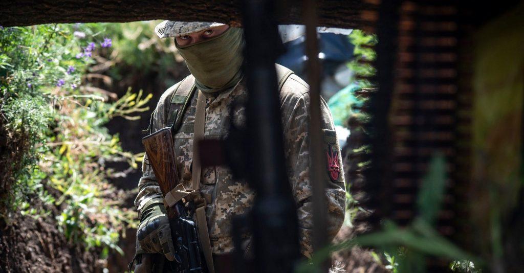 Військовий України на позиції. Фото: 93 ОМБр