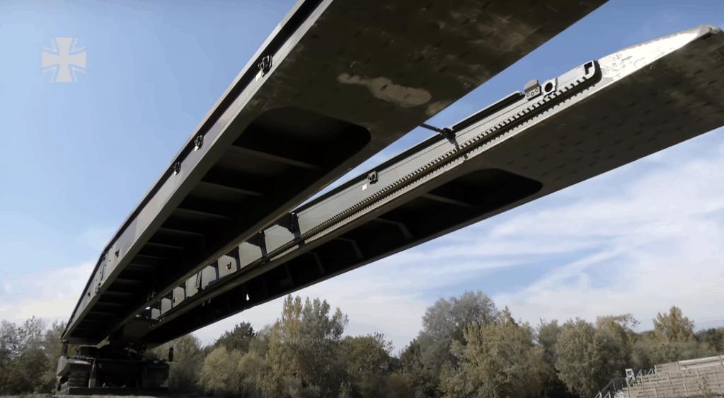 Мостоукладальник «LEGUAN». Фото: Бундесвер