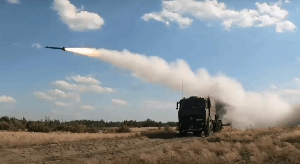 Випробовування 9А33-2Б зі складу ЗРК «Оса» на шасі МАЗ-6317. Серпень 2020. Фото: ЗМІ Білорусі