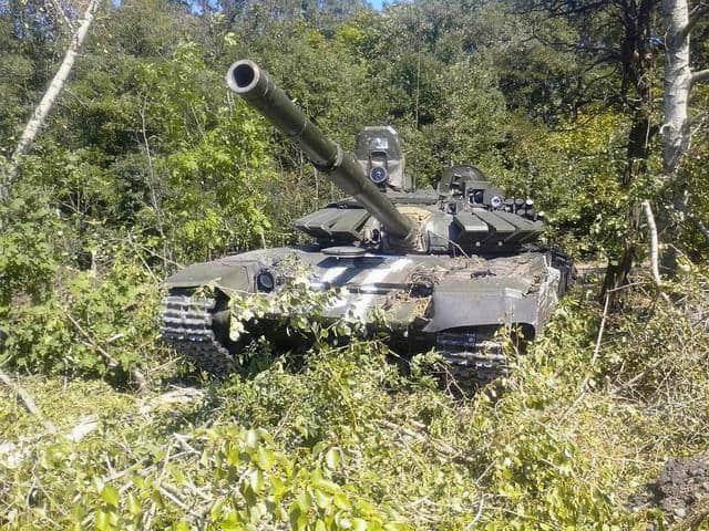 Захоплений російський танк Т-72Б3 під Іловайськом