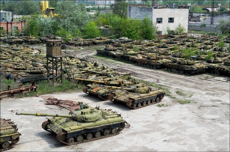 Зберігання танків на Харківському бронетанковому заводі