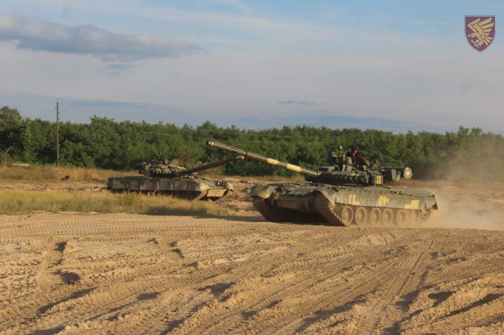 Танки Т-80БВ. Вересень 2020. Фото: 95 ОДШБр