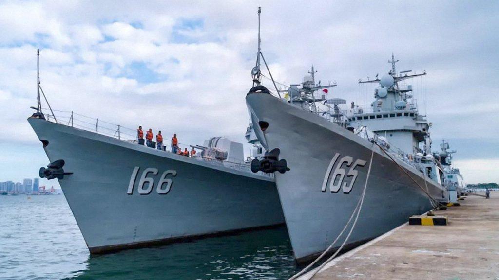 Есмінці КНР «Type-051». Серпень 2020. Фото: ЗМІ КНР