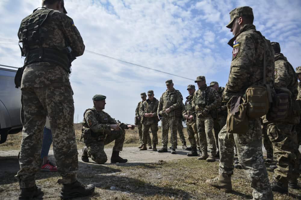 Тренування українських десантників в рамках місії ORBITAL