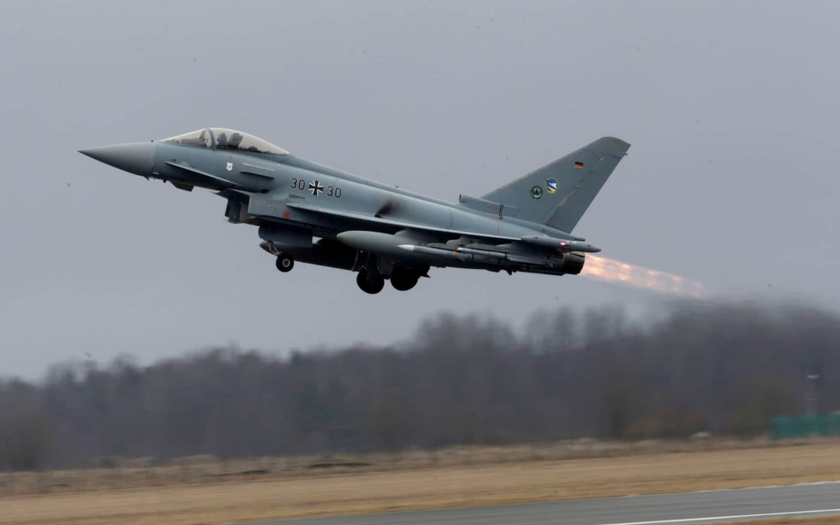 Винищувач Eurofighter на авіабазі Емарі в Естонії