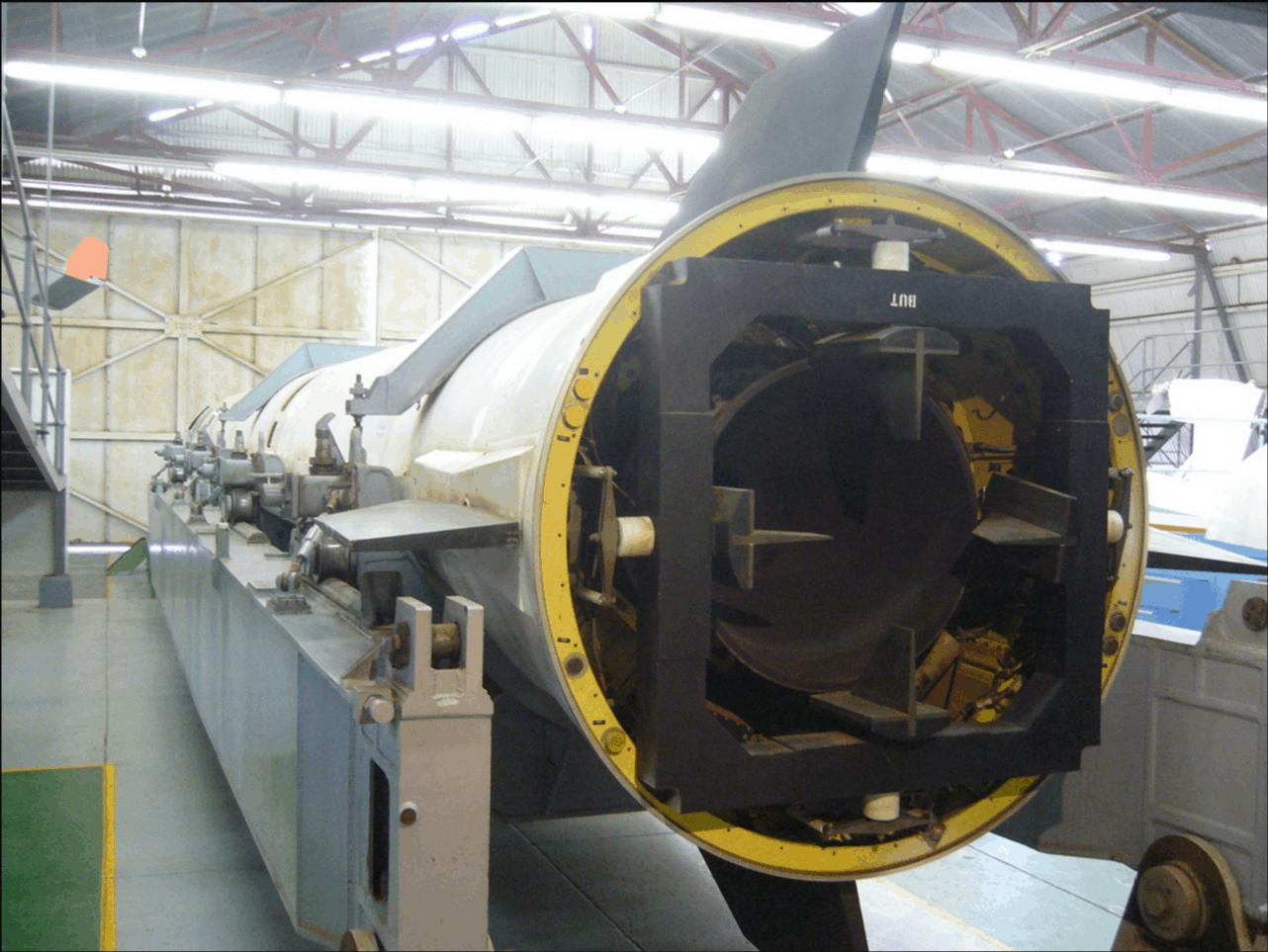 Ракета RSA-3 в музеї SAAF в місті Сварткоп.