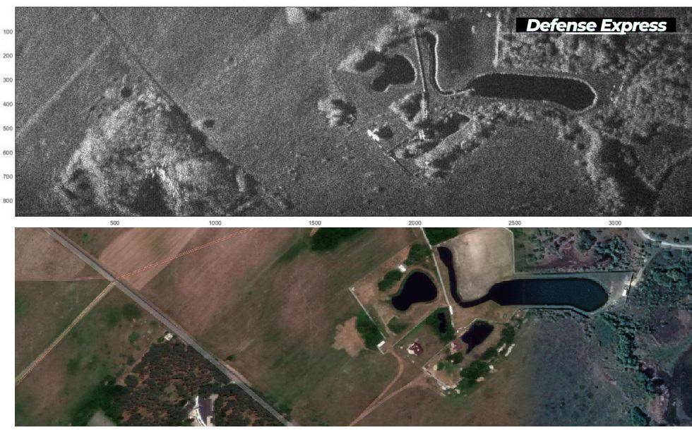 Зображення частини території після прольоту БпАК з SAR (зверху) після одного з випробувальних польотів. Зверху – оброблене зображення за даними з SAR. Знизу – фото цієї ж ділянки.