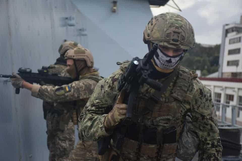 Навчання ССО ЗСУ на есмінці HMS «Dragon» D35. Жовтень 2020. Фото: ЗСУ
